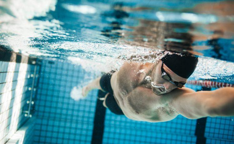 Explosive swimming training