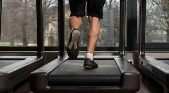 Male-Running-Indoors-On-Treadmill