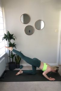 Barreworks - Kneeling pelvic stability and glutes series