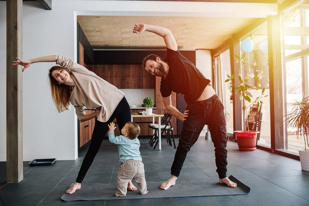 couple-home-lockdown-workout-baby
